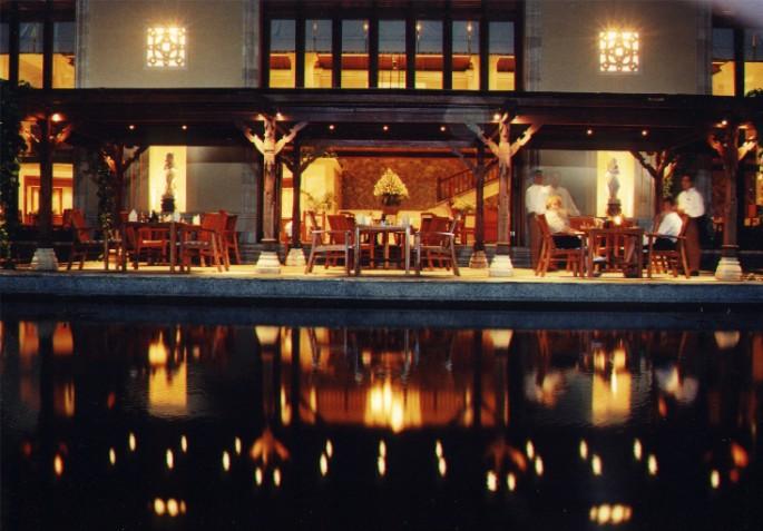Exterior Night View Of Main Restaurant Block Of Le Meridien Hotel, Bali